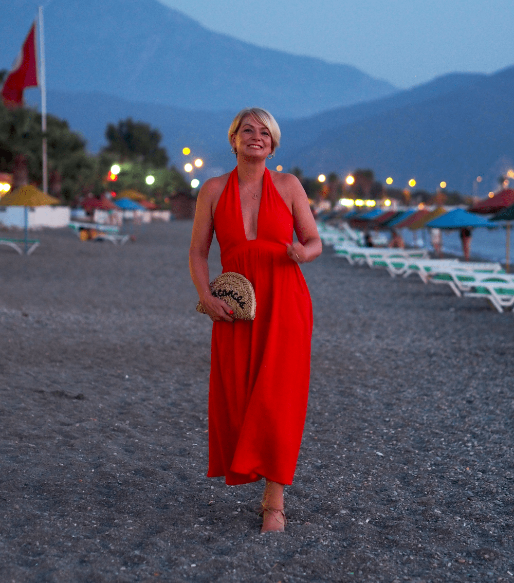 women over 40 what to wear on holiday