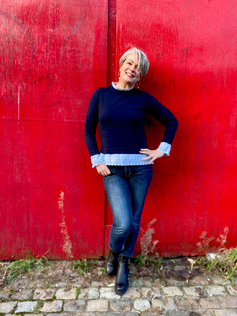 Midlifechic jeans and jumper with frilled collar